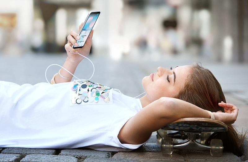 LG prináša do nového radu inteligentných telefónov funkciu fullvision