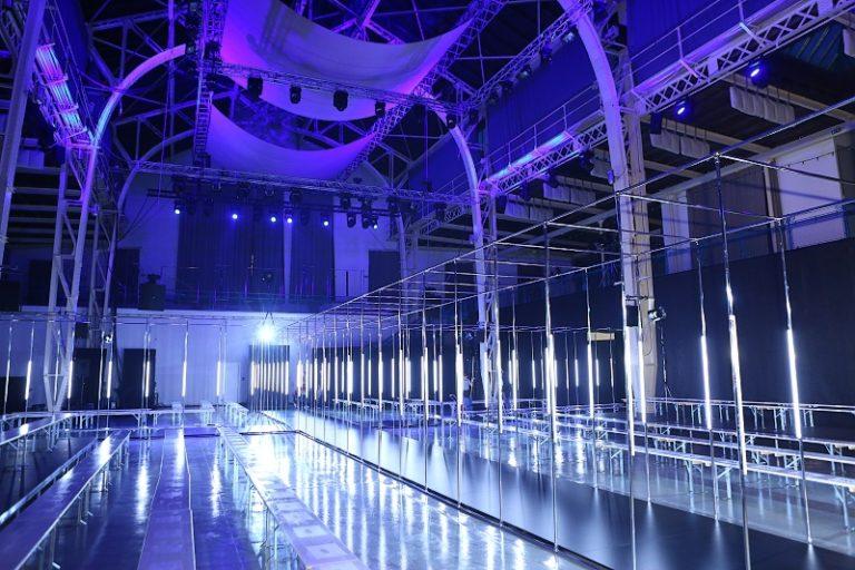Jakub Polanka otvoril Fashion LIVE! 2017 svojou kolekciou plnou ženskej krásy a kontrastov