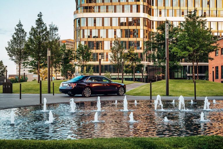 V jednoduchosti je krása – debut nového modelu Rolls Royce Ghost na Slovensku